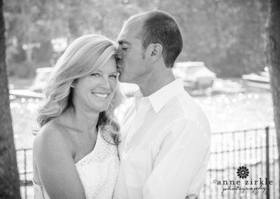 husband-kissing-wife-on-forehead