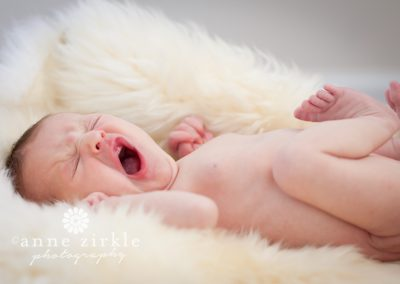 newborn-yawning-really-big