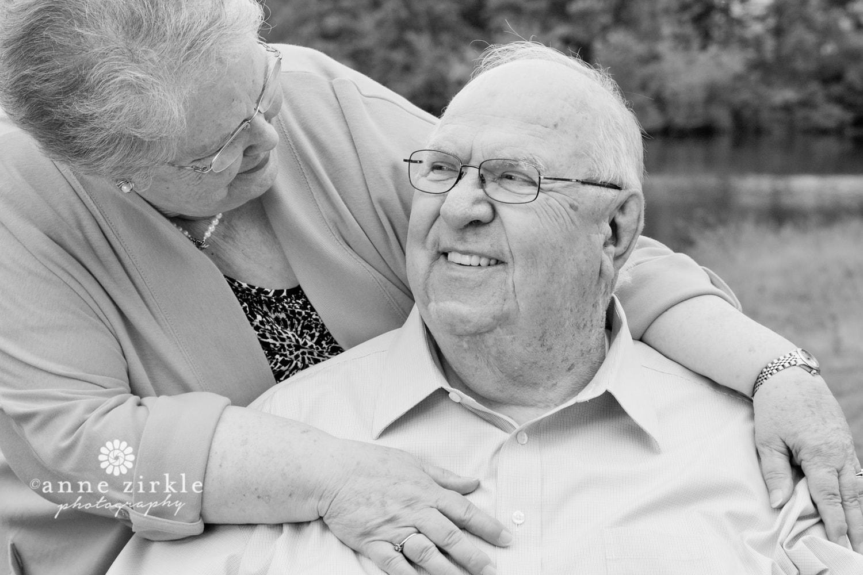 older-couple-hugging