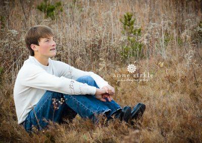 teen-boy-in-field