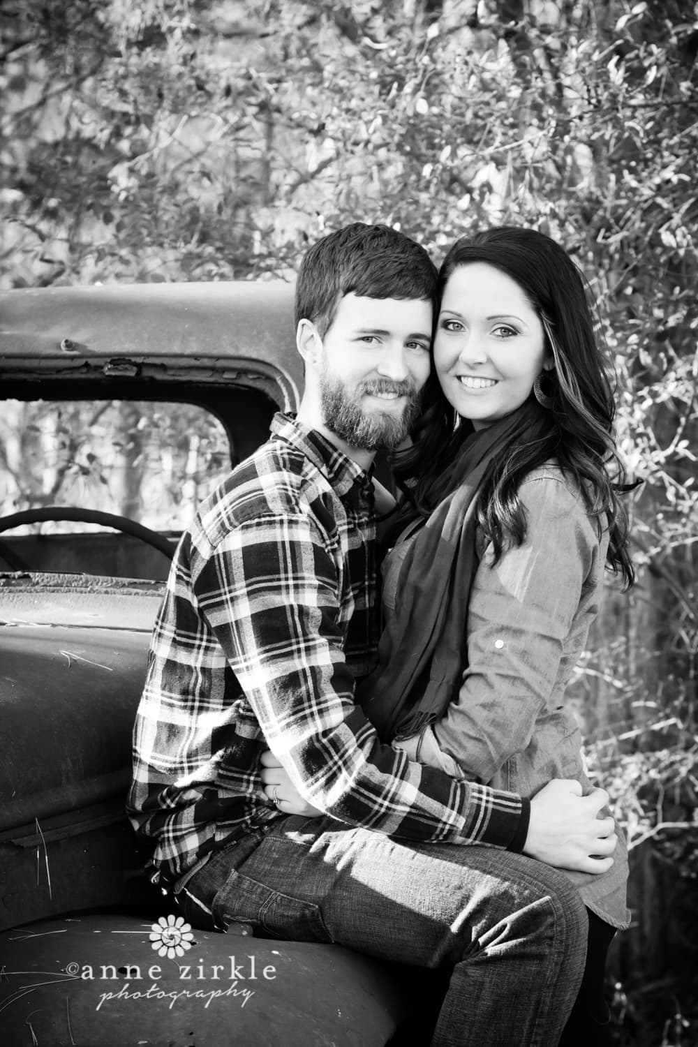 young-couple-with-antique-truck