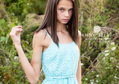 young-teen-girl-modeling-portfolio