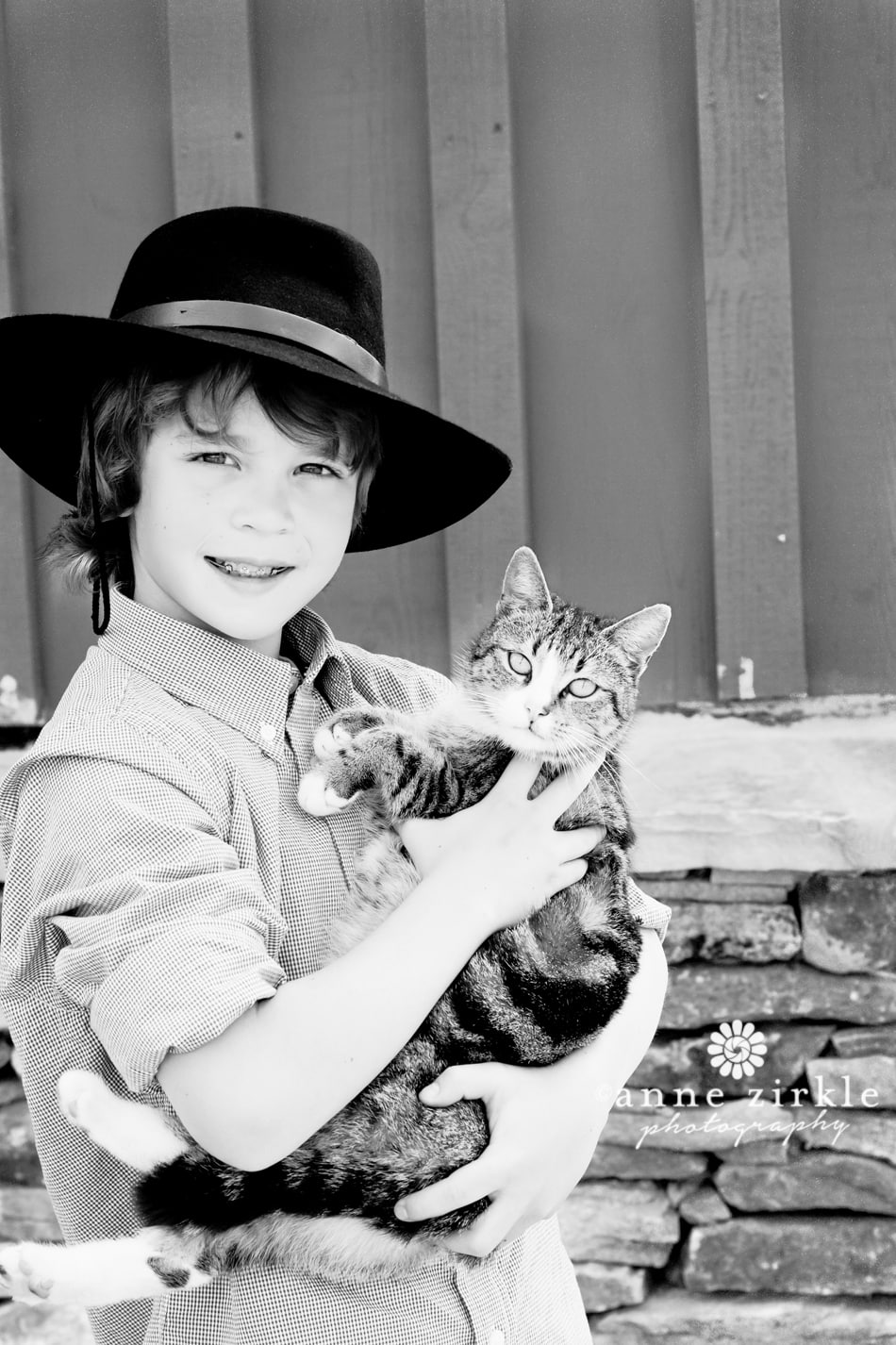 boy-with-a-barn-cat