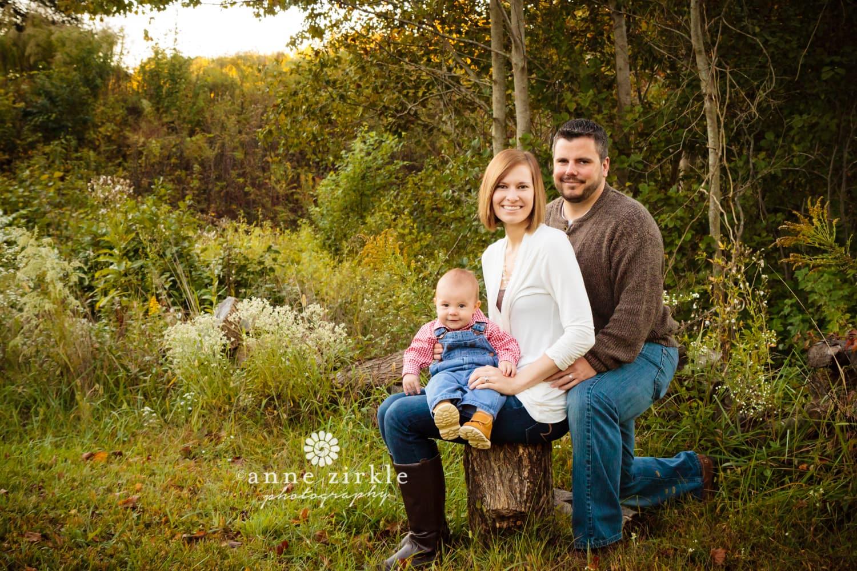 family-in-autumn