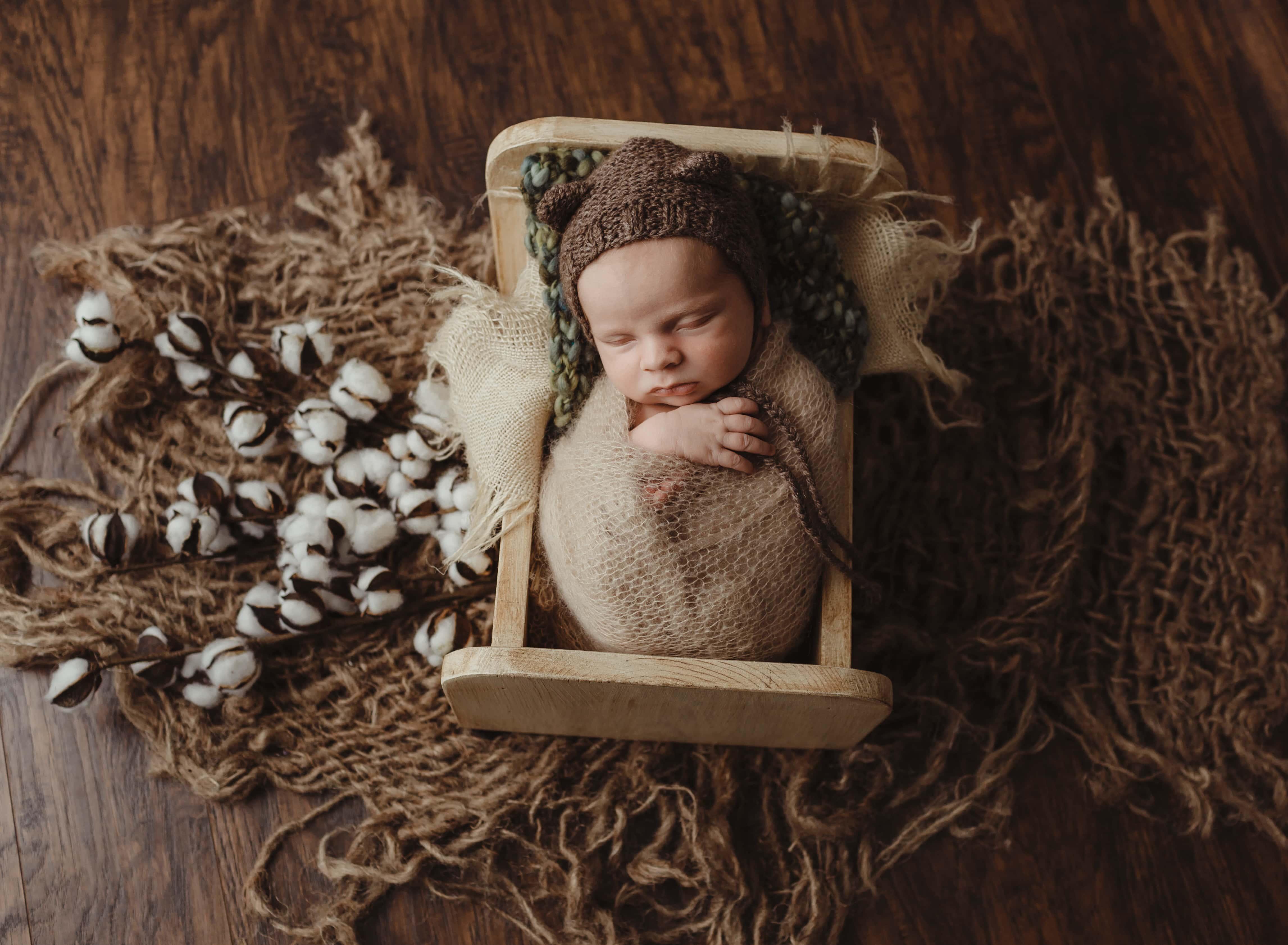 newborn baby wearing bear hat Mooresville and Lake Norman newborn baby photographer